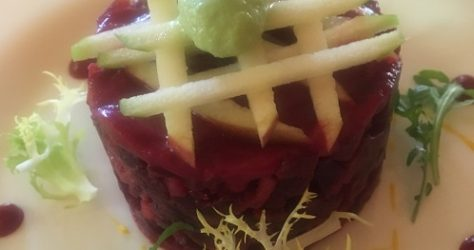 La Panatiere Sept.2017. RED BEET ROOTS & GRANNY SMITH APPLES 500x450