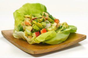avocado and shrimp salad pic 620x425