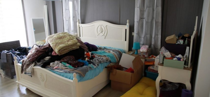 Room is untidy with all clothes that were laundry but cannot manage to the closet, organization before&after